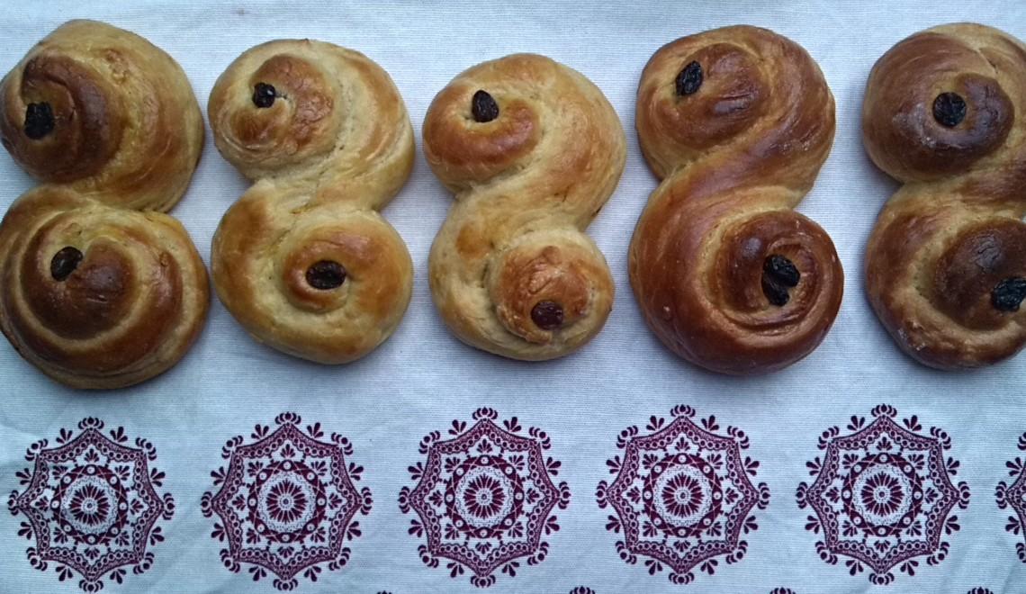 Safranduft und Kerzenschein // Rezept für schwedische Safranbrötchen zum Luciafest am 13. Dezember