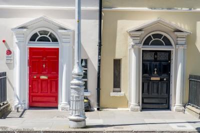 Bunte Haustüren in Dublin by Christian Birkholz