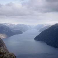 Weitblick vom Preikestolen über den Lysefjord