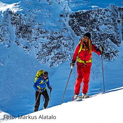 Skiabfahrt in Riksgraensen - Winter Highlights in Schweden