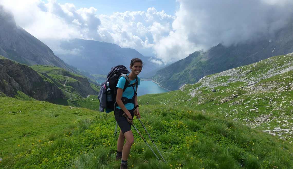 Mona in den Alpen