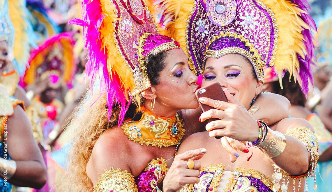 Tänzerinnen in der Karibik