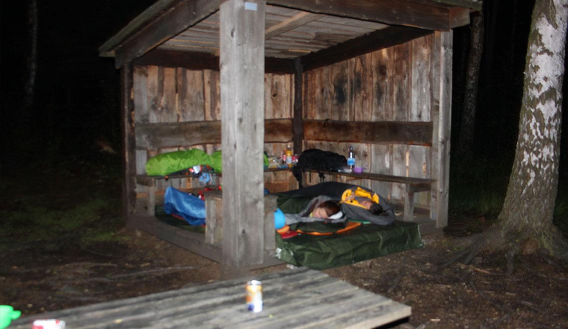 Bohusleden Schlafen in einer Picknickhuette