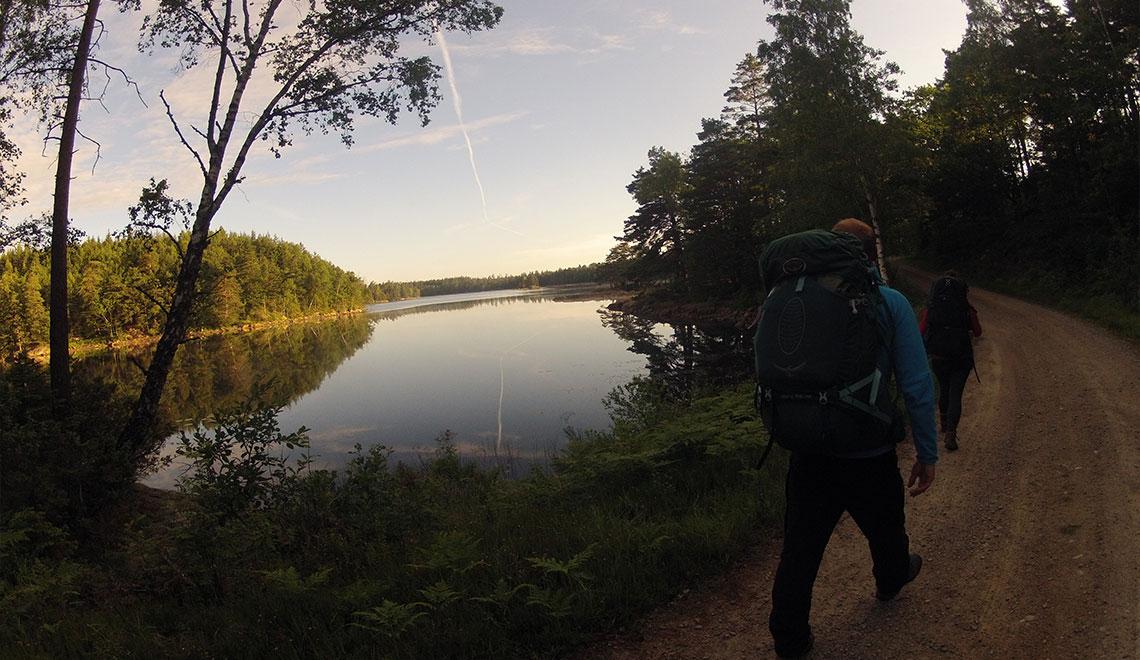 Bohusleden Wandern in den Morgenstunden