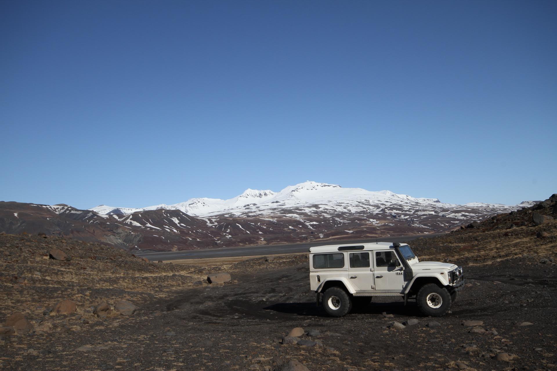 Mit dem Allradwagen in Island unterwegs